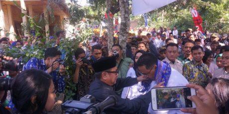 Bupati Loteng Sambut Menteri Desa PDTT di Desa Wisata Setanggor