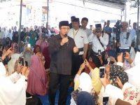 Ribuan Warga Lombok Tengah Hadiri Tausyiah Ustadz Yusuf Mansyur