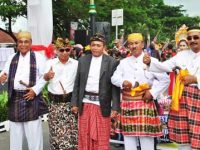Festival Pesona Bau Nyale 2017 Sedot Ribuan Pengunjung