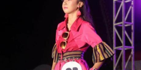 Dekranasda Fashion Show Berjalan Sukses dan Meriah, Kadis Perpustakan dan Kepala BPKAD Juara Busana Kerja