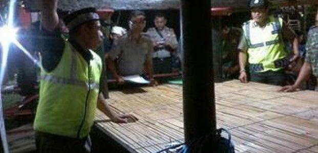 Tim Lakukan Penilaian Terhadap Poskamling Kelurahan Sasake